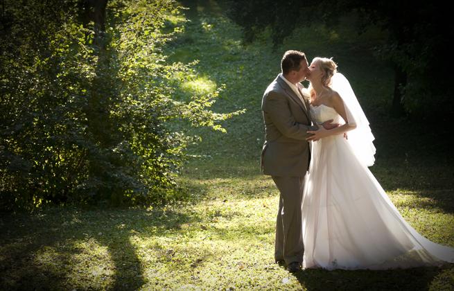 http://www.pogacia-photo.com/files/gimgs/11_weddingphotographyandrisagi1bakonyizsuzsapogacia.jpg