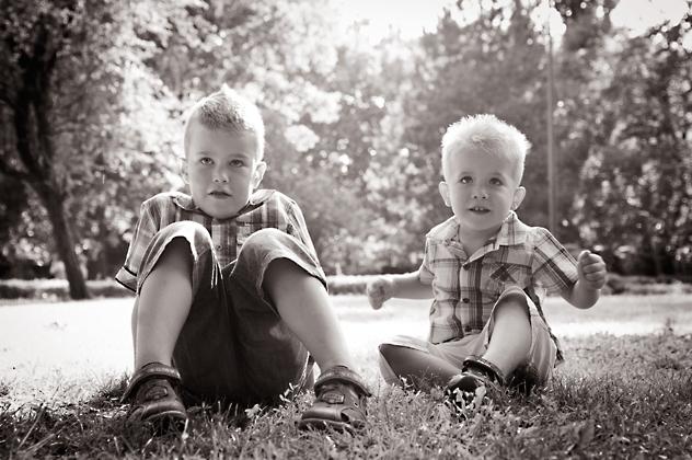 http://www.pogacia-photo.com/files/gimgs/12_familyportraitsbudapestbakonyizsuzsa77.jpg