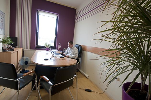 http://www.pogacia-photo.com/files/gimgs/34_bakoniyzsuzsalapogaciacorporateeventphotographer22.jpg