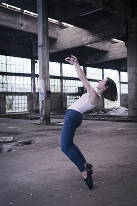 http://www.pogacia-photo.com/files/gimgs/39_bakonyizsuzsapogaciaphotographerdancedsc5574.jpg