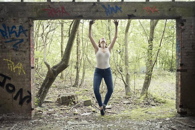 http://www.pogacia-photo.com/files/gimgs/39_bakonyizsuzsapogaciaphotographerdancedsc5596_v2.jpg
