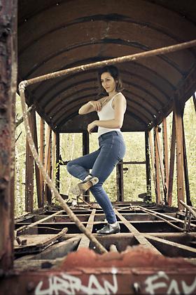 http://www.pogacia-photo.com/files/gimgs/39_bakonyizsuzsapogaciaphotographerdancedsc5626-copy_v2.jpg