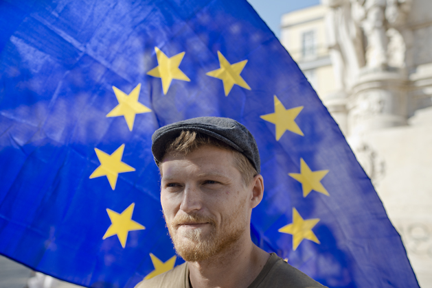http://www.pogacia-photo.com/files/gimgs/6_bakonyizsuzsapogaciaportraitmusicianphotographerbudapesteuropeanunion26.jpg