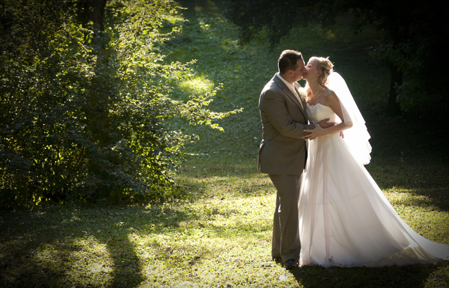 http://www.pogacia-photo.com/hu/files/gimgs/11_weddingphotographyandrisagi1bakonyizsuzsapogacia.jpg