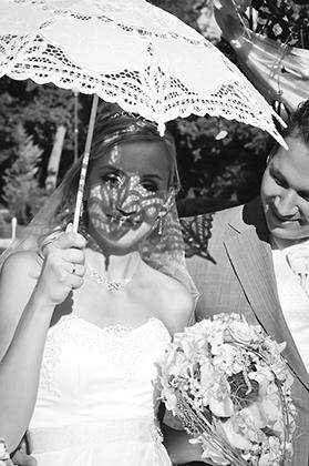 http://www.pogacia-photo.com/hu/files/gimgs/11_weddingphotographyandrisagi3bakonyizsuzsapogacia.jpg