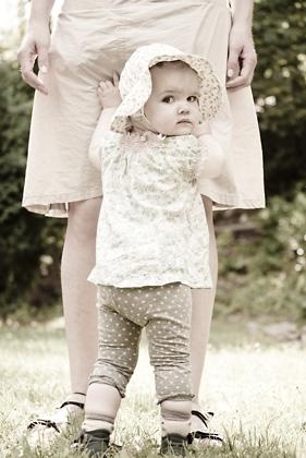 http://www.pogacia-photo.com/hu/files/gimgs/12_babymotherphoto2bakonyizsuzsapogacia.jpg