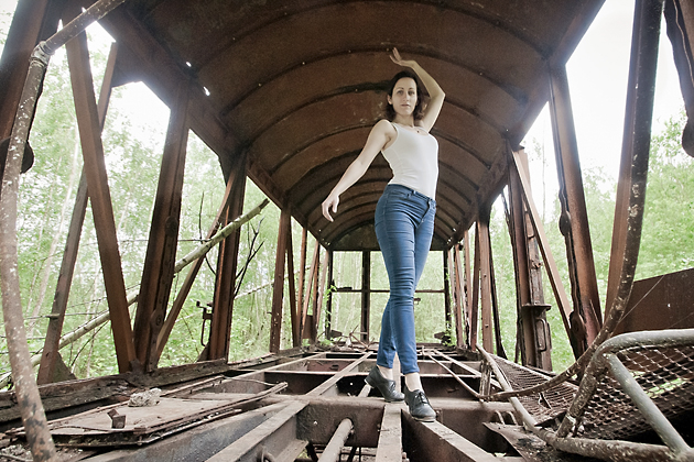 http://www.pogacia-photo.com/hu/files/gimgs/39_bakonyizsuzsatancosfotografus1_v2.jpg