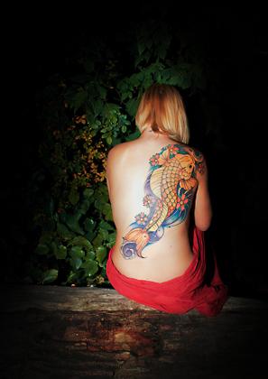 http://www.pogacia-photo.com/hu/files/gimgs/6_tattoophotographypogaciabakonyizsuzsa04.jpg